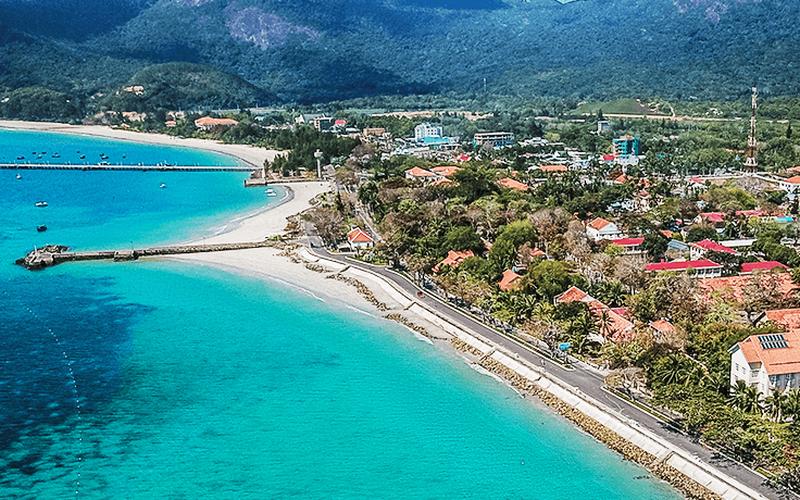 Côn Đảo: Du lịch tăng nhanh, nước ngọt sinh hoạt thiếu trầm trọng