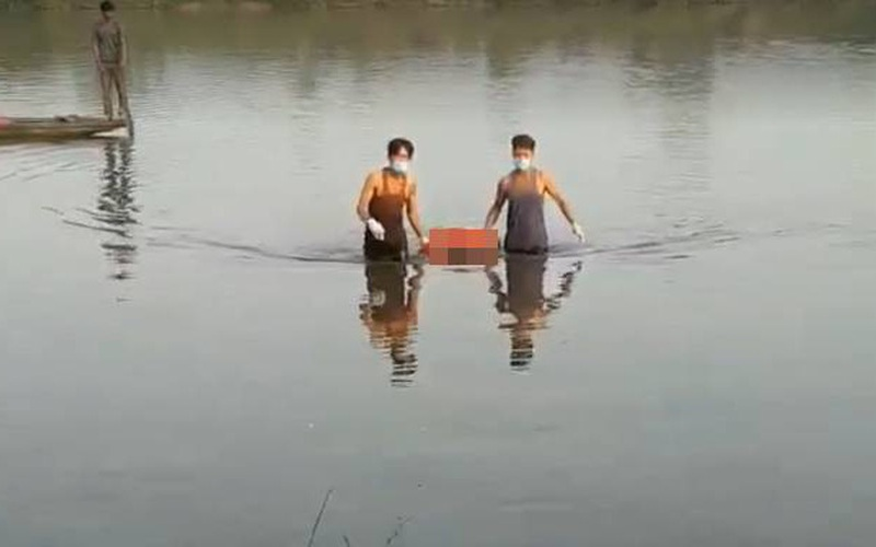 TT-Huế: Điều tra vụ thi thể người đàn ông nổi trên sông Bồ