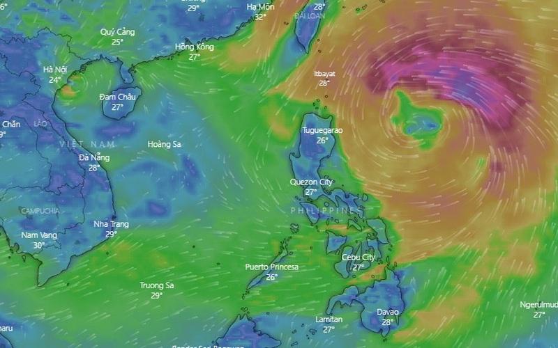 Tin áp thấp nhiệt đới khẩn cấp (suy yếu từ cơn bão số 7), bão số 8 Kompasu đã ở gần biển Đông