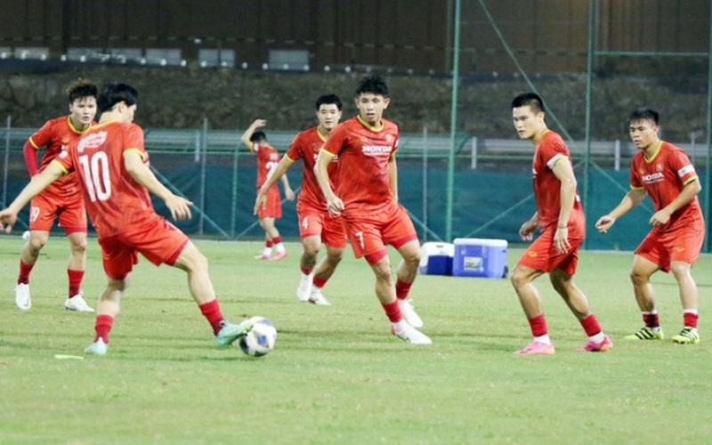 Tin tối (12/10): Báo Anh dự đoán tỷ số gây sốc trận Việt Nam - Oman