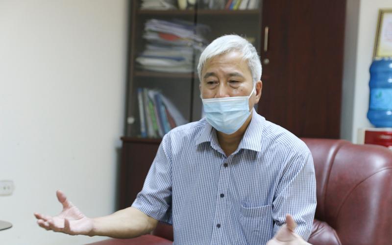 """Mở cửa để """"bình thường mới"""", nhiều người từ vùng dịch trở về, liệu Hà Nội có thực sự an toàn?"""