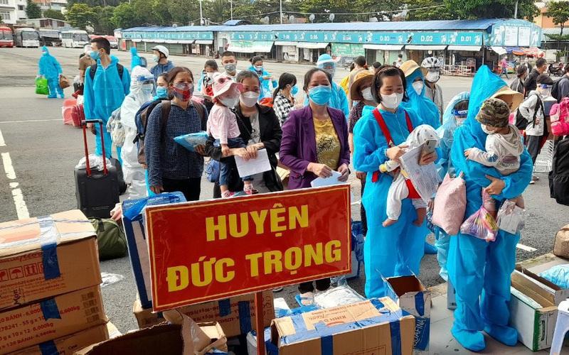 Lâm Đồng đón hàng ngàn công dân từ vùng dịch về địa phương