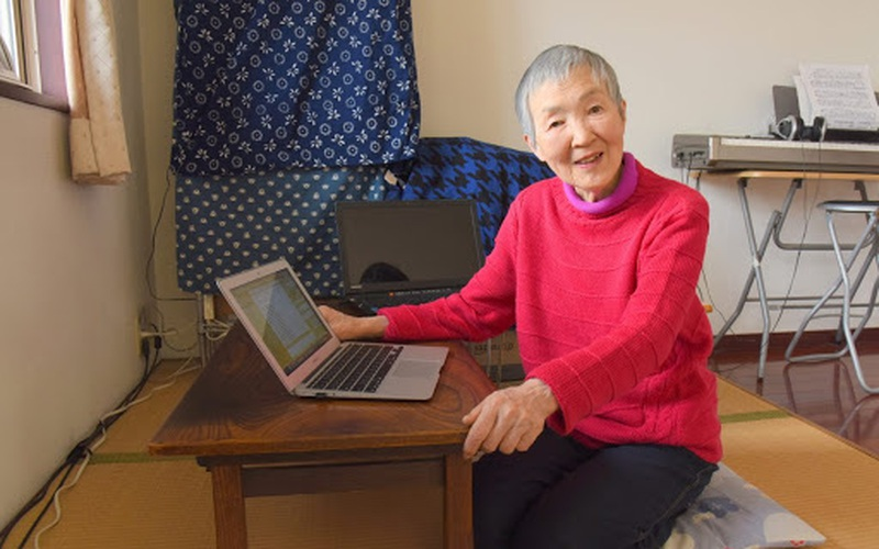 Cụ bà Nhật Bản gây choáng khi học lập trình ở tuổi 81, còn tự làm game cho mình