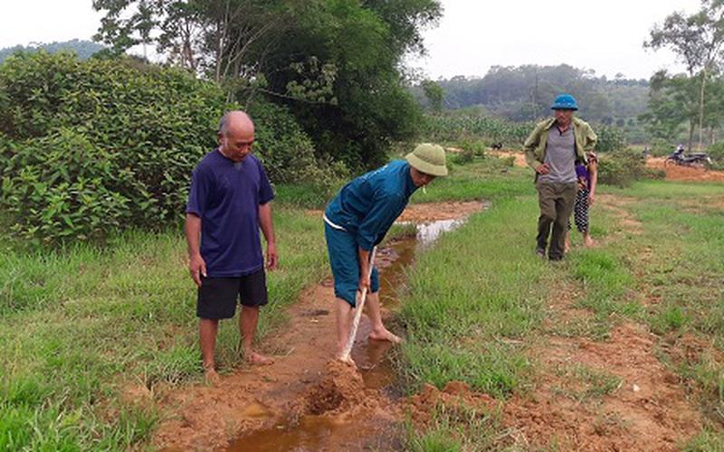 Nông dân bất lực nhìn ruộng bị vùi lấp: Ban QLDA Nông nghiệp Hà Tĩnh nói đã làm tròn trách nhiệm?