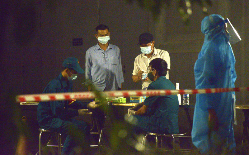 Hà Nội phong tỏa khẩn cấp tòa chung cư 32 tầng ở phường Đại Kim