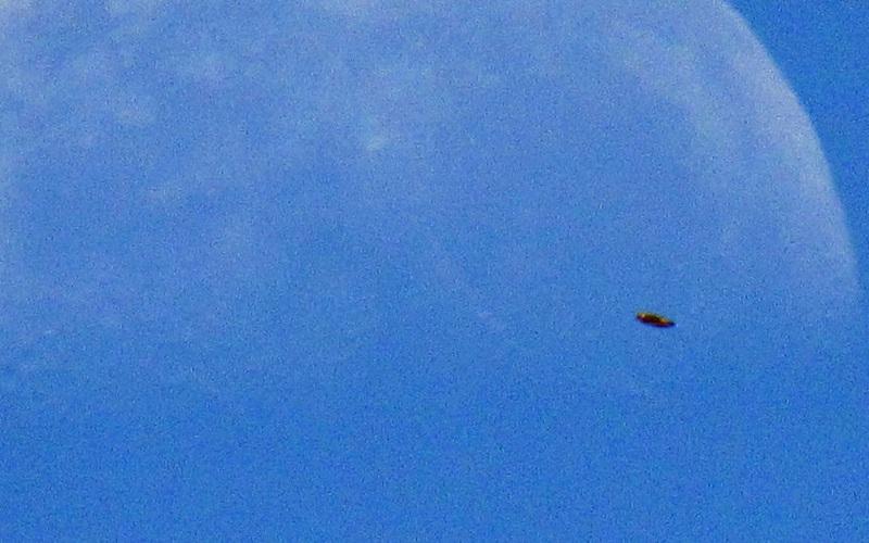 UFO xuất hiện tại Mỹ có phải là máy bay không người lái của Nga và Trung Quốc?