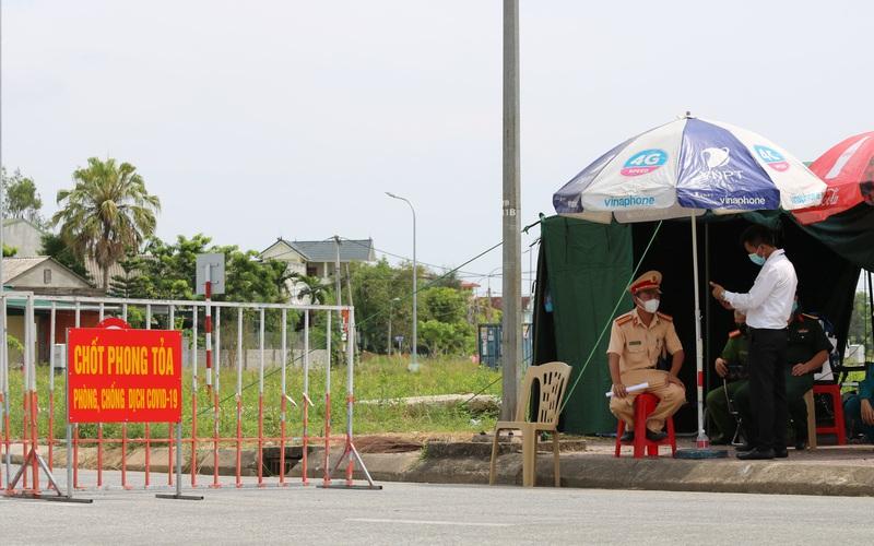 Hà Tĩnh: Cách ly y tế thêm 2 xã, thị trấn từ 12h trưa nay