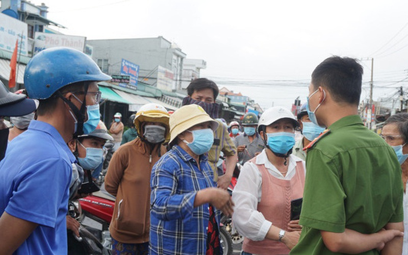 Người từ TP.HCM vẫn đổ về Đồng Nai sau lệnh cách ly 21 ngày