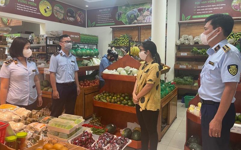 Hà Nội: Có sẵn 836.000 tấn gạo, 271.278 tấn thịt, 1 triệu quả trứng, siêu thị hết lại đầy, sao phải đổ xô tích trữ?