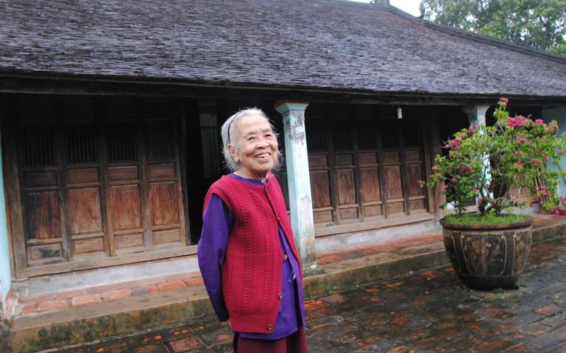 Làng cổ Phước Tích- ngôi làng trường thọ và hiếu học, giáo sư, tiến sỹ nhiều, cử nhân, thạc sỹ đếm không xuể