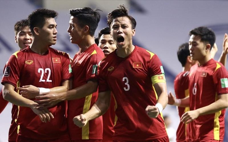 BXH FIFA: ĐT Việt Nam số 1 ĐNÁ, bỏ xa Thái Lan 28 bậc