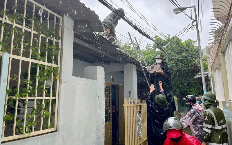 Hạn chế sơ tán người dân đi tránh bão khi chưa cần thiết