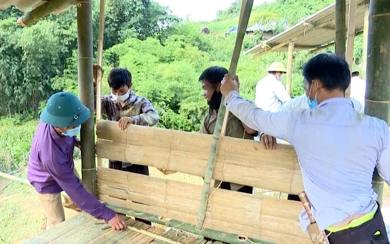 Cận cảnh lán trại cách ly bằng tre nứa lá cực độc đáo tại tâm dịch Sơn La