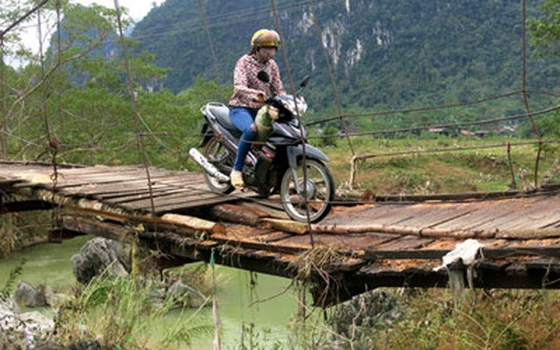Hậu vụ lật cầu ở Lai Châu: Lộ bất cập trong vận hành, bảo dưỡng cầu treo