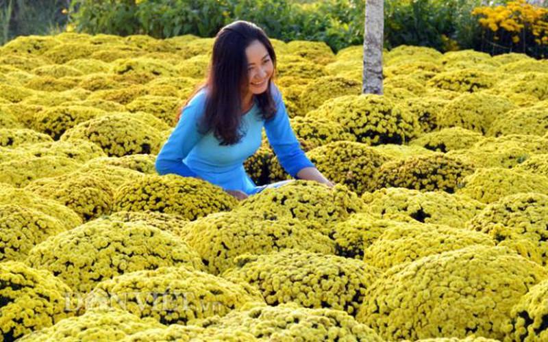 Chợ hoa xứ Đất Mũi vẫn nhộn nhịp ngày 30 Tết