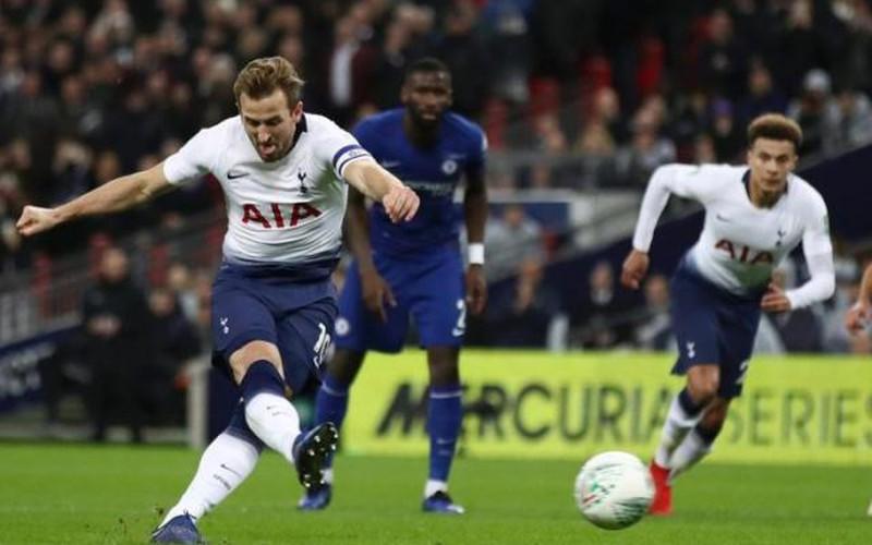 Clip: VAR lên tiếng, Kane ghi bàn hạ Chelsea 1-0