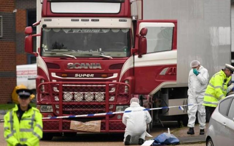 Vụ 39 người trên container đông lạnh ở Anh: Vì sao tử vong vì nóng?