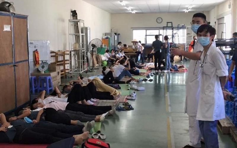 Vụ công nhân Công ty Yazaki ngất: Bác sĩ bệnh viện Bạch Mai nói gì?