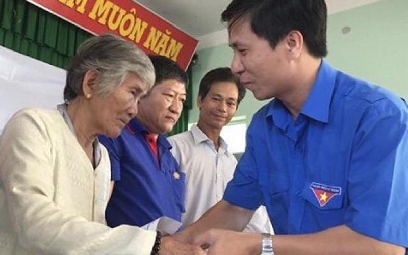 Quảng Ngãi: Người dân rất cần hỗ trợ gạo, mắm, đường...