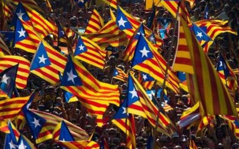 Nguy cơ nội chiến khi Catalonia chống lệnh chính quyền Madrid