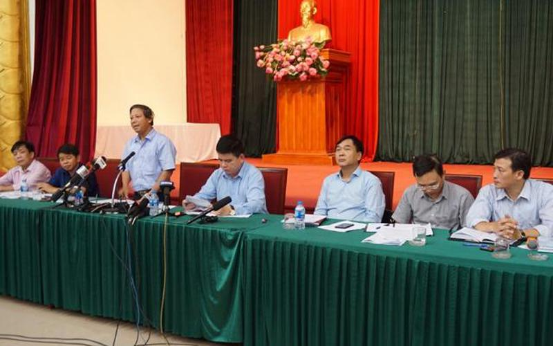 """Vụ nước sạch có """"mùi lạ"""": Hà Nội khuyến cáo không dùng nước máy sông Đà để ăn uống"""