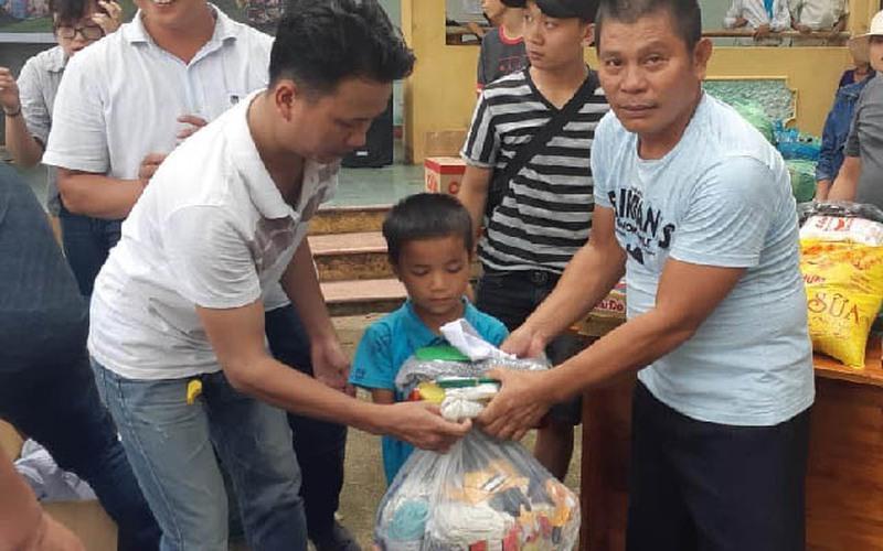 Đà Nẵng: Anh nông dân phố thị giỏi làm cây cảnh lại có lòng từ thiện