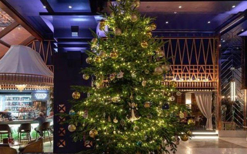 Bí mật về cây thông Noel 365 tỉ đồng, xa xỉ nhất thế giới