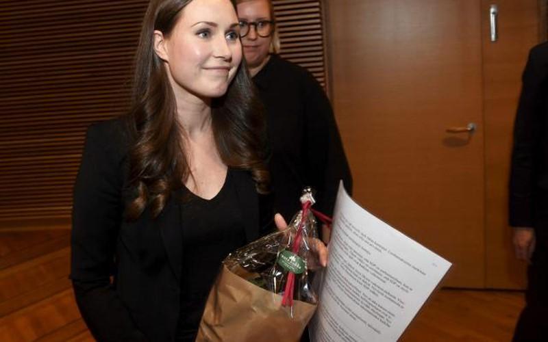 Hành trình thăng tiến thần tốc của nữ thủ tướng 34 tuổi xinh đẹp, trẻ nhất thế giới