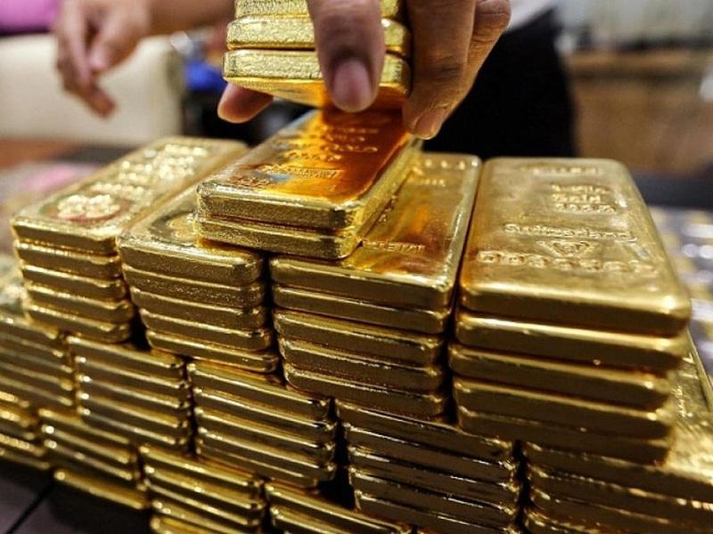 """Giá vàng hôm nay 2/6: Cán mốc kỷ lục 49 triệu đồng, vàng vào tháng """"điên rồ"""""""