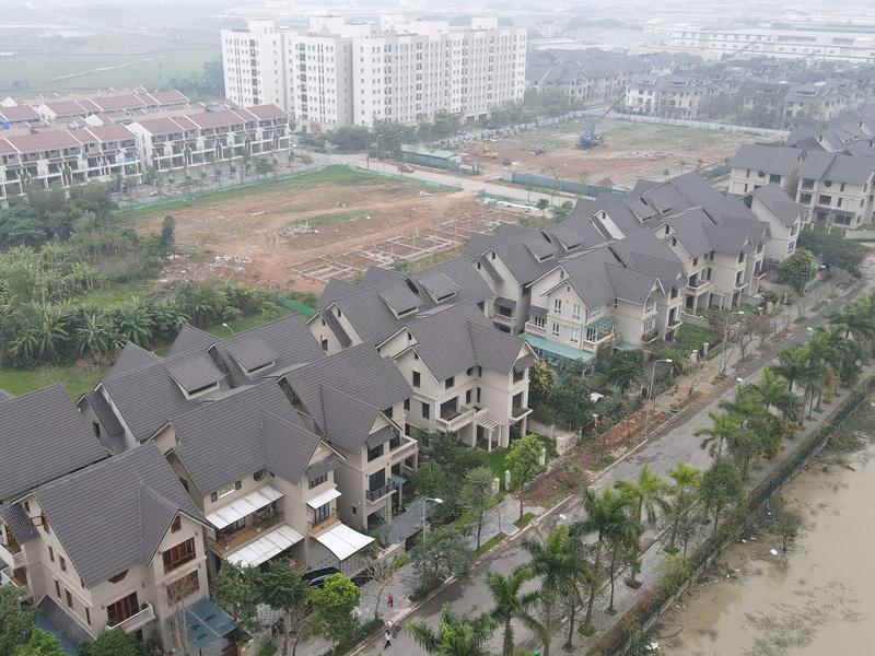 Nợ xấu, tồn kho bất động sản 'phình to' có đáng ngại?