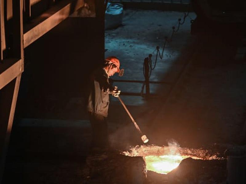 Đang trên đà phục hồi kinh tế, vì sao Trung Quốc muốn hạn chế sản xuất thép?